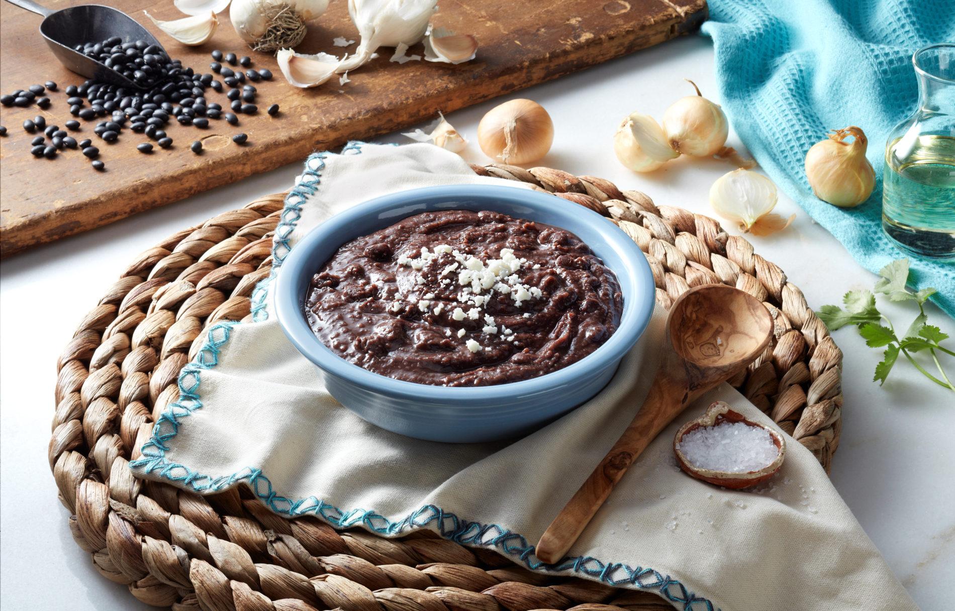 Organic Black Bean Flakes L<span>S</span>, 35LB Bag/750LB Tote
